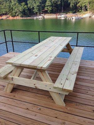 Cómo hacer una mesa de picnic de madera