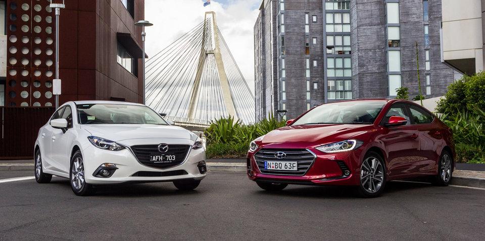 Mazda3 Vs Hyundai Elantra >> Hyundai Elantra V Mazda 3 Small Sedan Comparison Hi Tech Info
