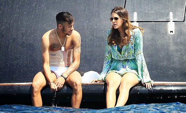 Novelas Radar: Neymar and Bruna Marquezine broke up once ... Neymar And Bruna Marquezine Broke Up