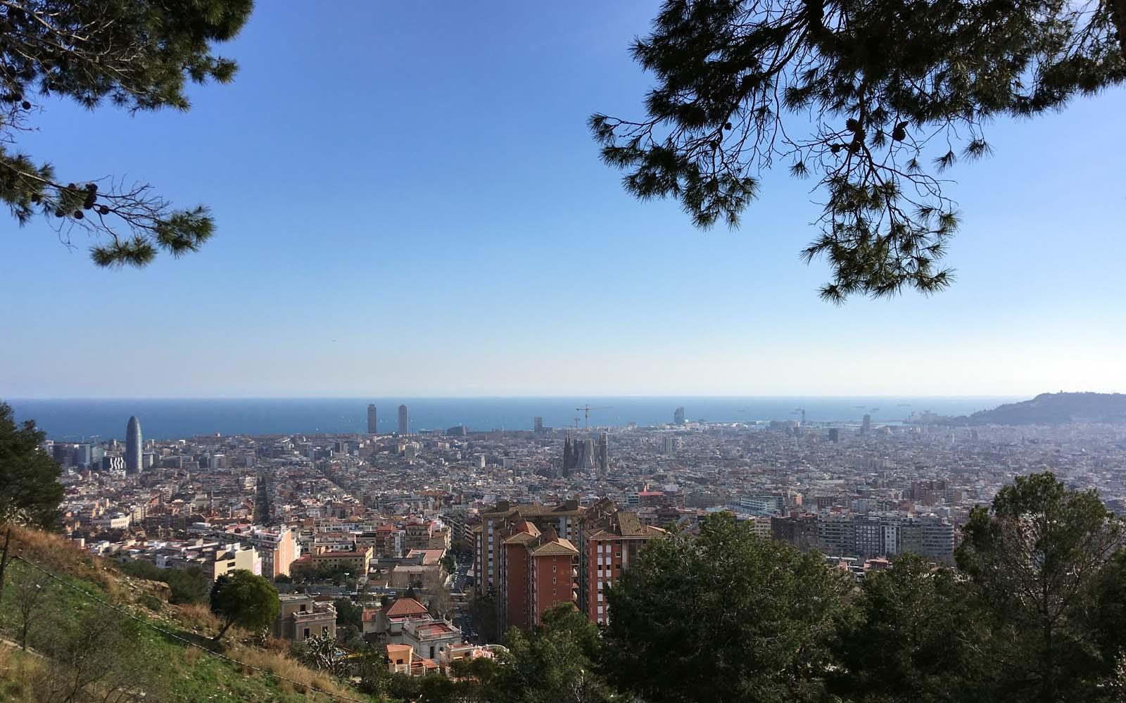 Vista de Barcelona desde el parque del Guinardó