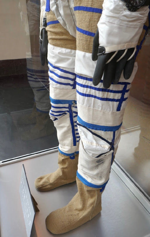 Spacesuit legs High Life