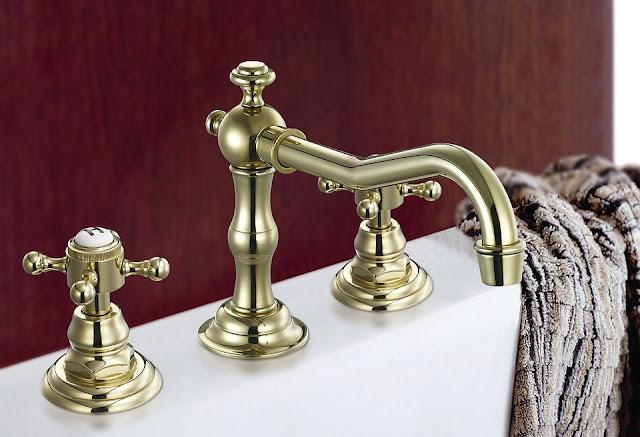 Sprytne rozwiązania na przechowywanie przedmiotów w małej łazience