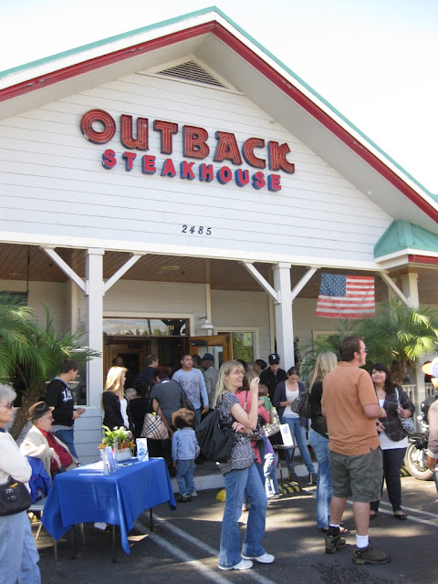 KOCT Fundraiser at Outback Steakhouse