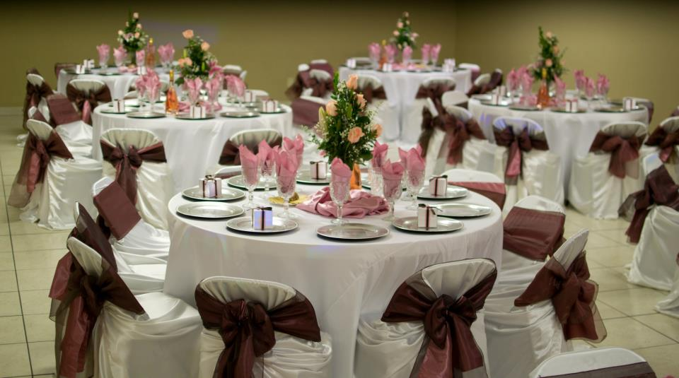 Rincon Real Hall Decorations: Pink Brown And White Wedding