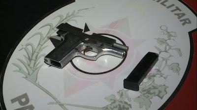 Homem é baleado, toma arma e mata atirador após briga