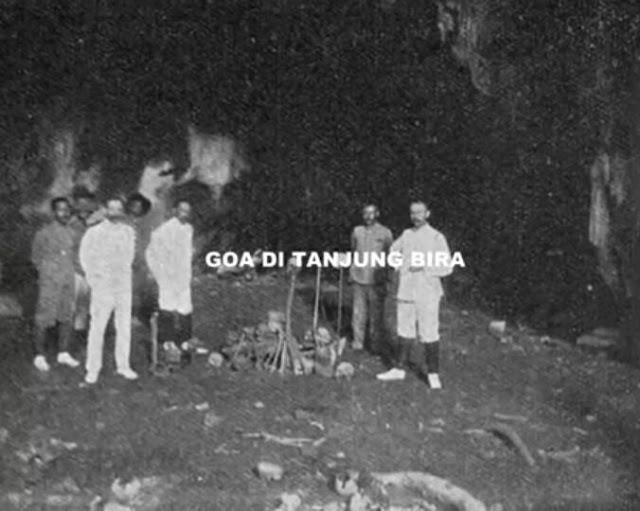 Goa di Tanjung Bira