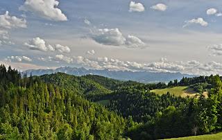 Majówka pod Tatrami, Wakacje Gorce i Górna Chata zapraszają na wypoczynek z dala od cywilizacji :) Prawdziwa osada górska, ostoja, kuchnia wegetariańska i wegańska :)