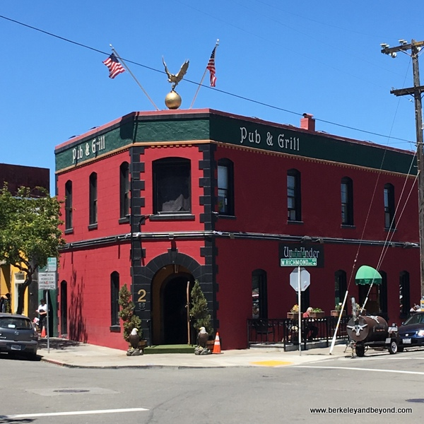 exterior of Up & Under Pub and Grill in Pt. Richmond, California