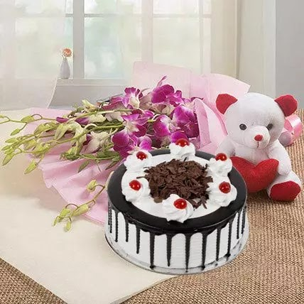 Top 7 Best Flowers And Cake Combo