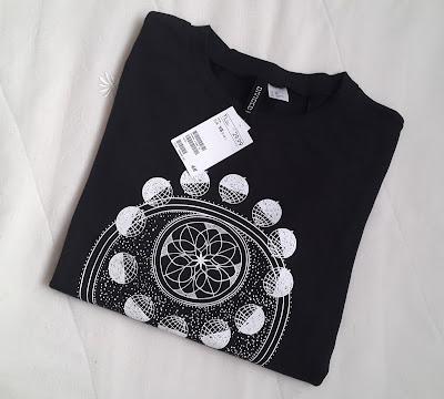 astro shirt, astro sweatshirt, astronomy shirt, astronomy shirt, hm sweatshirt, hm clothing, planet shirt,