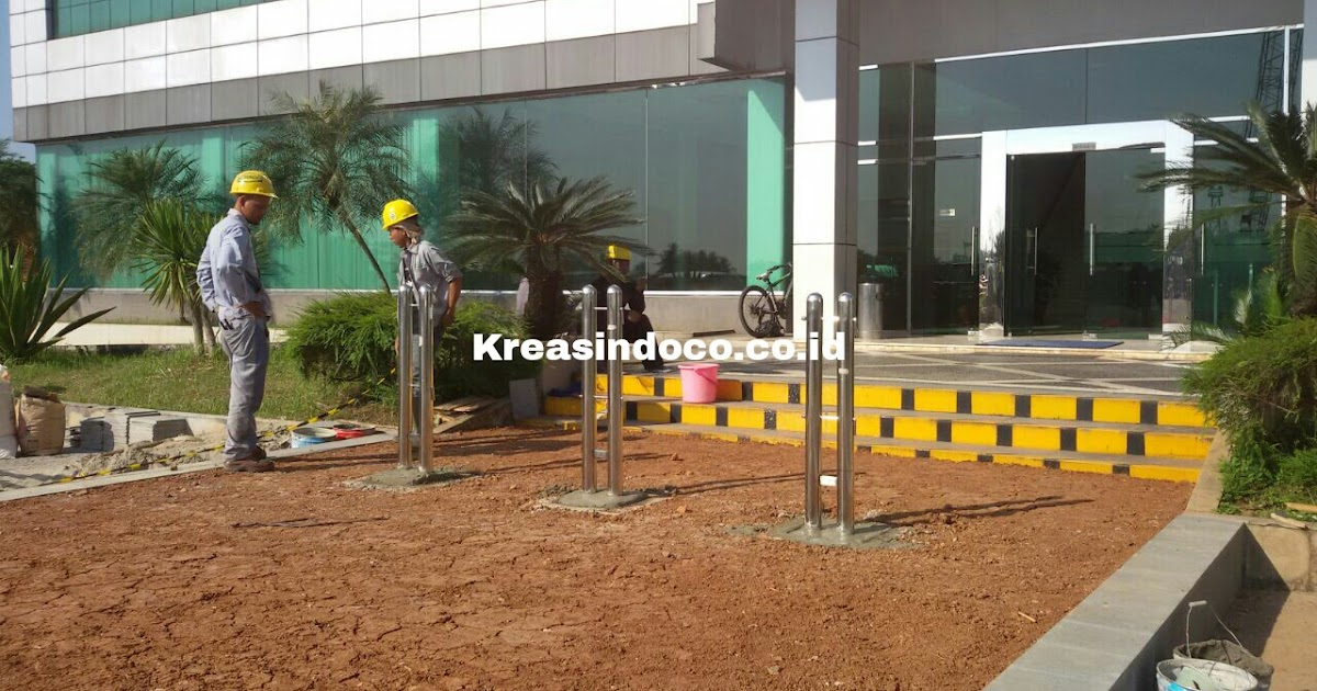 Pemasangan Tiang Bendera Di Pt Korindo Heavi Industri border=