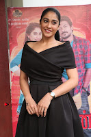 Actress Regina Candra Pos in Beautiful Black Short Dress at Saravanan Irukka Bayamaen Tamil Movie Press Meet  0025.jpg