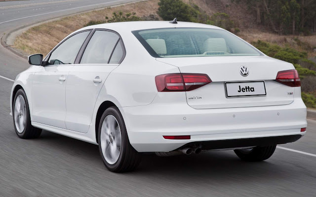 Novo VW Jetta Highline 2016