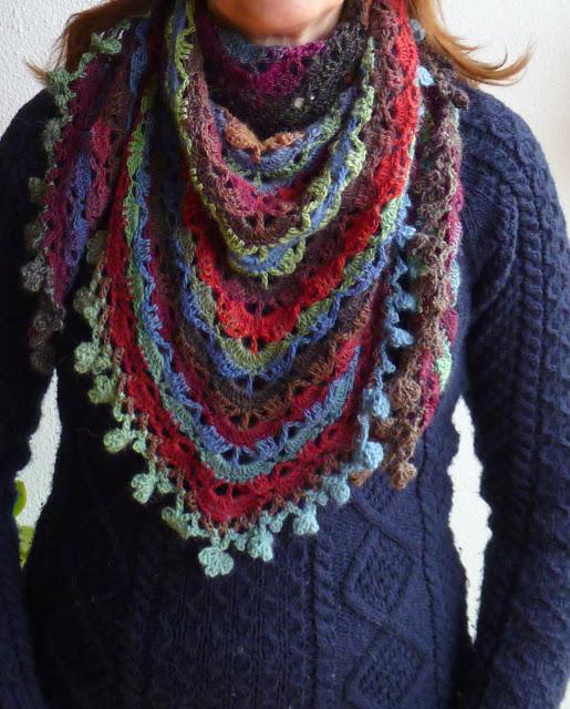 mes favoris tricot crochet mod le ch le au crochet gratuit le south bay shawlette. Black Bedroom Furniture Sets. Home Design Ideas