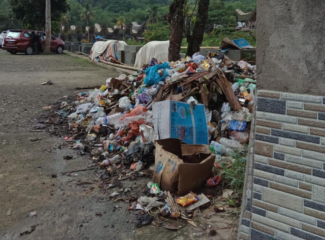 Sampah Menggunung di Objek Wisata Ke'te' Kesu', Pihak Yayasan Minta Tanggungjawab Pemda Torut