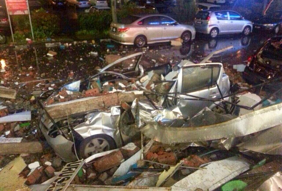 A Destructive Evening Freak Storm In Penang: Safety & Health Information: Cars Crushed By Falling