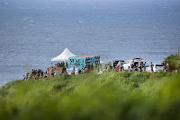 33 Crowd Maui Womens Pro foto WSL Kelly Cestari