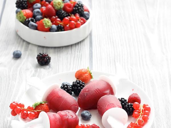 Ghiaccioli ai frutti di bosco
