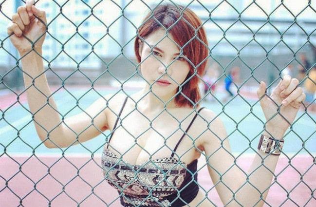 Heboh, DJ Katy Butterfly Unggah Foto Nyaris Bugil