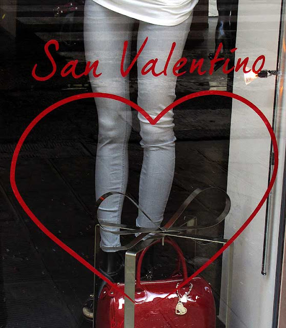 San Valentino, Valentine's Day heart, clothes store window, Livorno