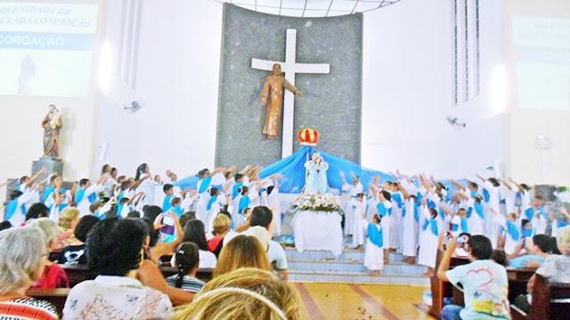 Resultado de imagem para Coroaçao Senhora Imaculada Conceição Borrazópolis