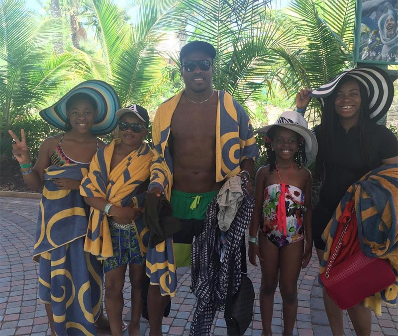Vincent Enyeama and wife clock 10 years of marriage as they holiday in Dubai