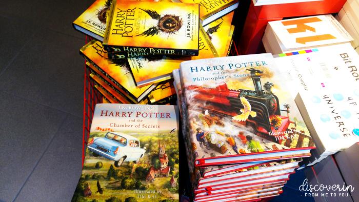 Livres Harry Potter en librairie