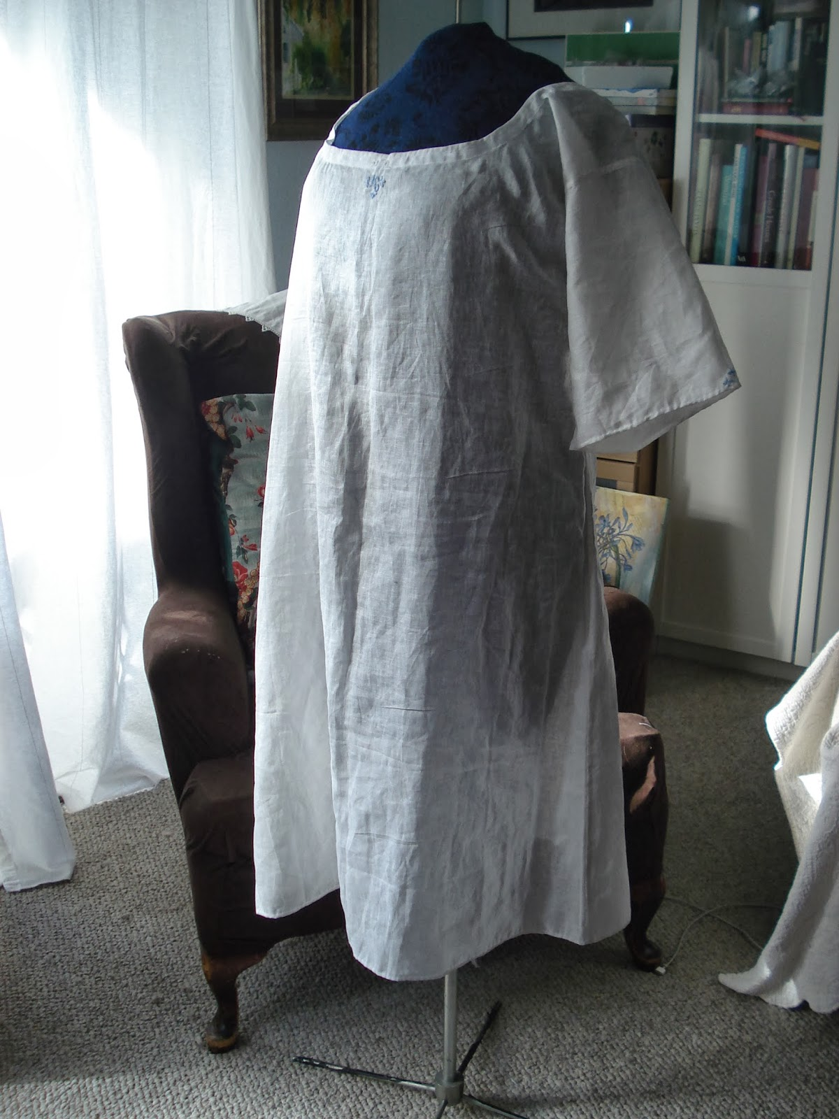 la ch telaine chocolat le modiste chemise and. Black Bedroom Furniture Sets. Home Design Ideas