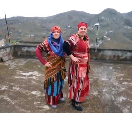 Zuhal Topal'la Sofrada 18 Aralık Gelin Fatma ve Kaynanası Meryem Akkaya