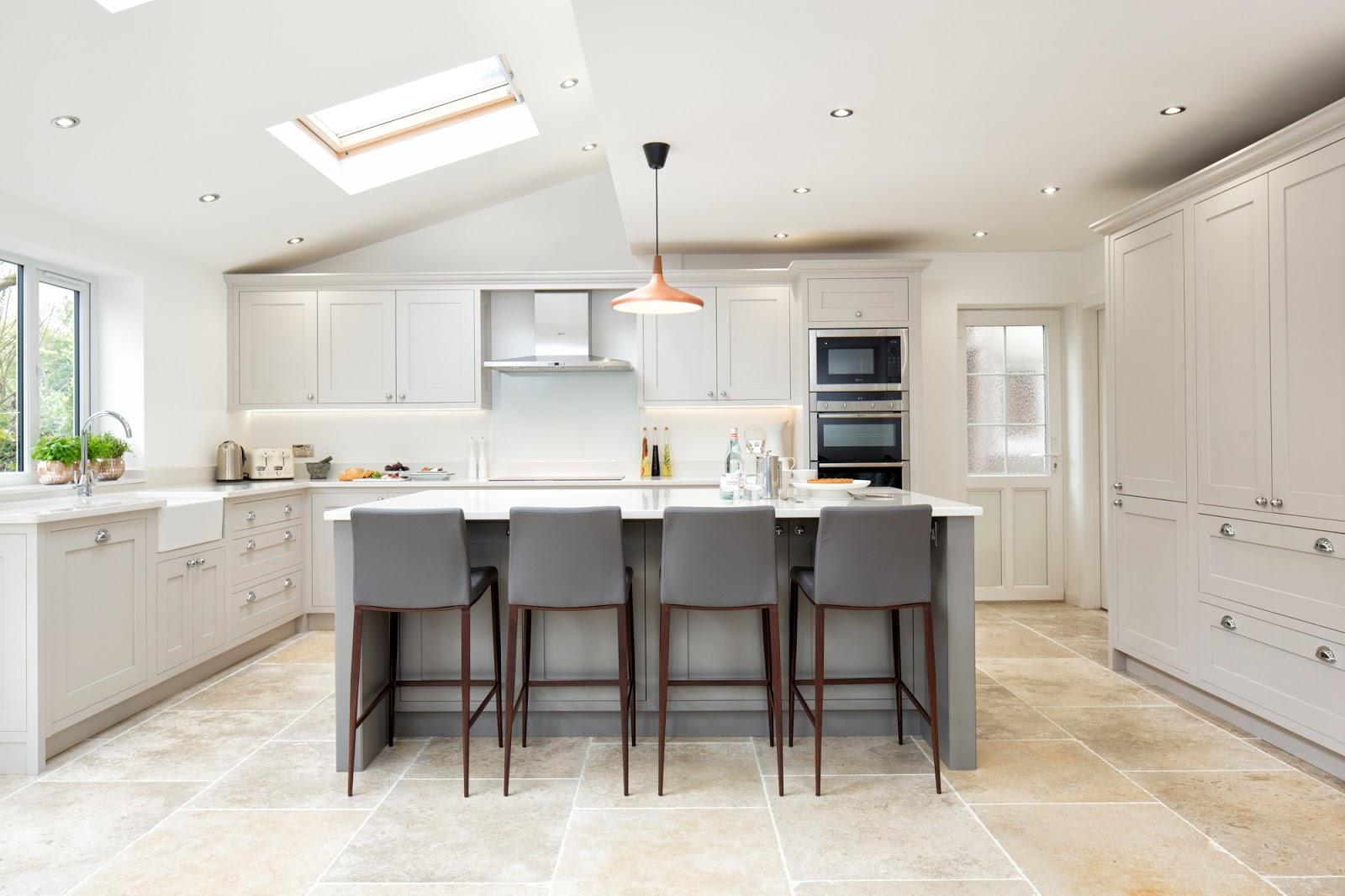 white grey shaker kitchen 2324