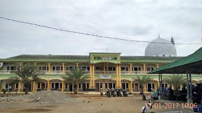 Ratusan Santri Ngaji Ramadhan di Pesantren Baitul Burhan Tempuran