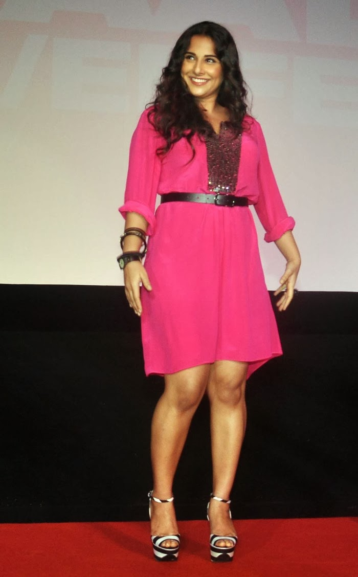Voluptuous Vidya balan photos in pink short dress at shaadi ke side movie trailer launch