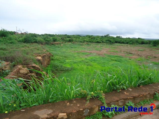 """A barragem """"do Cordeiro"""" está no curso do Rio Corrente e fica localizada no bairro Cristo Rei"""