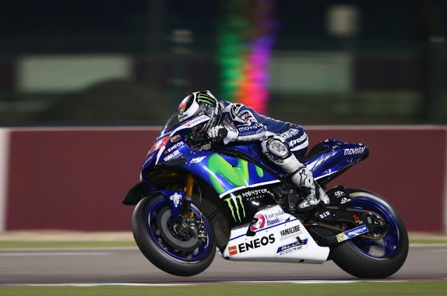 Lorenzo memimpin Rossi di Free Practice 1 MotoGP Qatar 2016