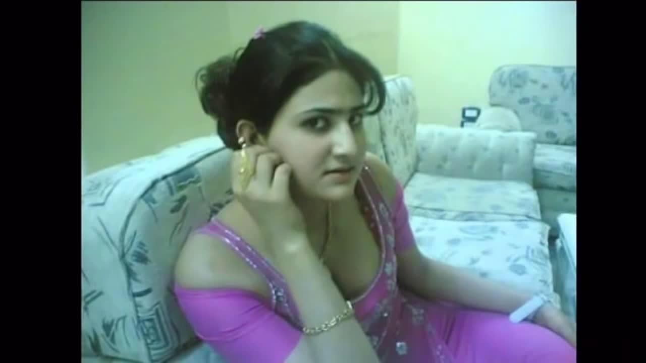 Hot Hindi Story By A Desi Girl - Hot Desi Videos