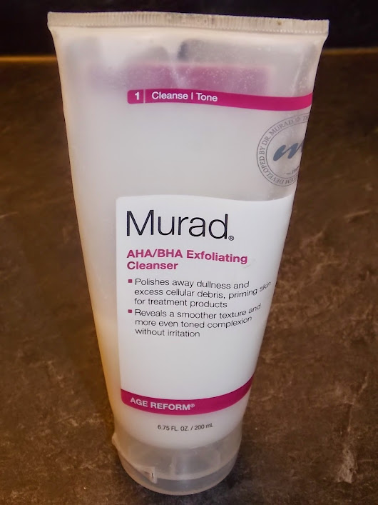 Review || Murad AHA/BHA Exfoliating Cleanser