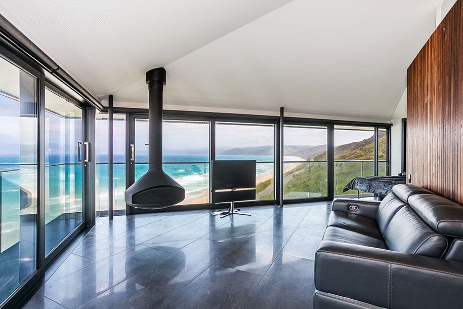 02-Living-Room-with-180-Degree-Views-F2-Architecture-Floating-Pole-House-Fairhaven-www-designstack-co