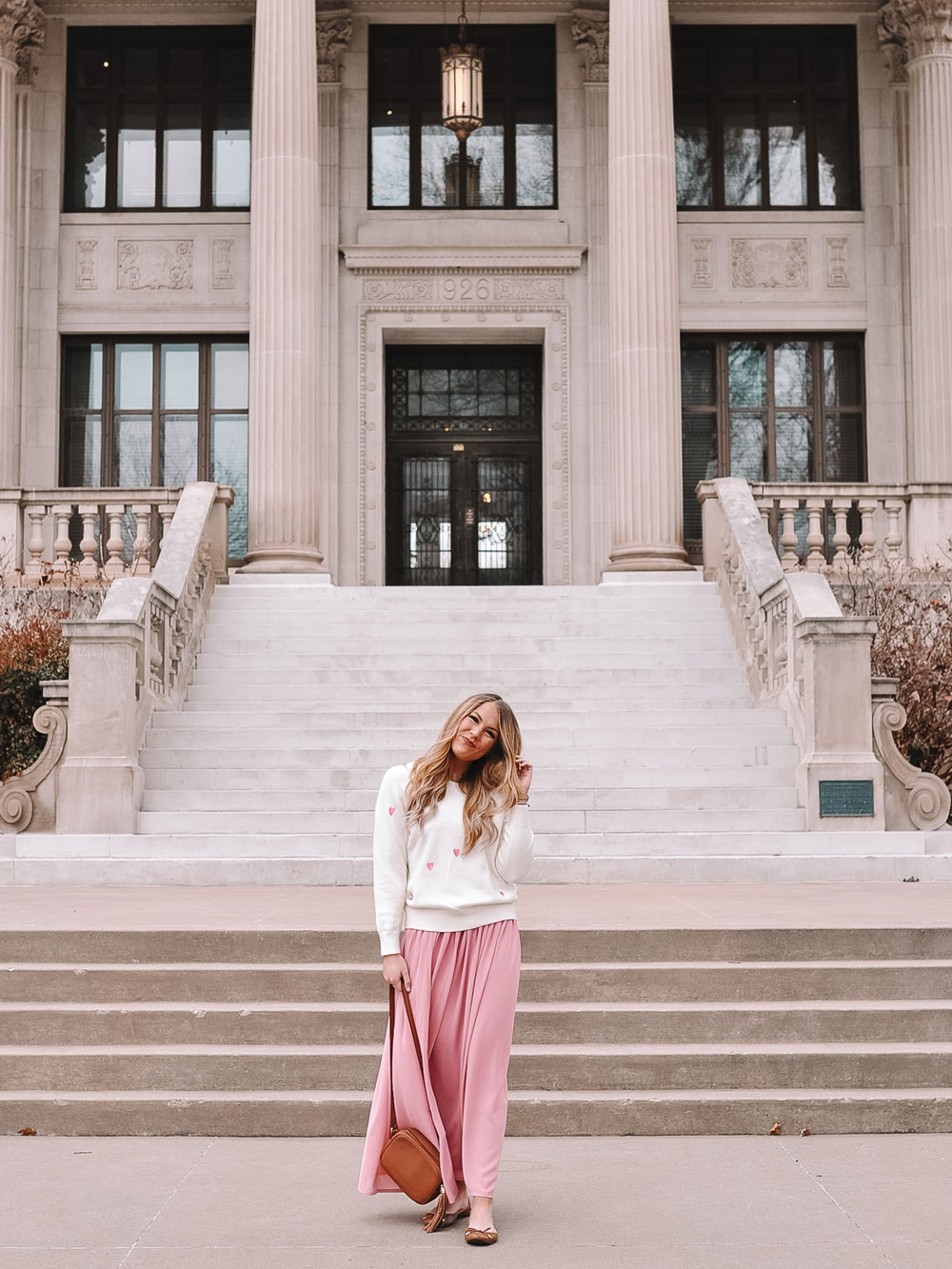 OKC blogger Amanda Martin talks about what to wear for Valentine's Day