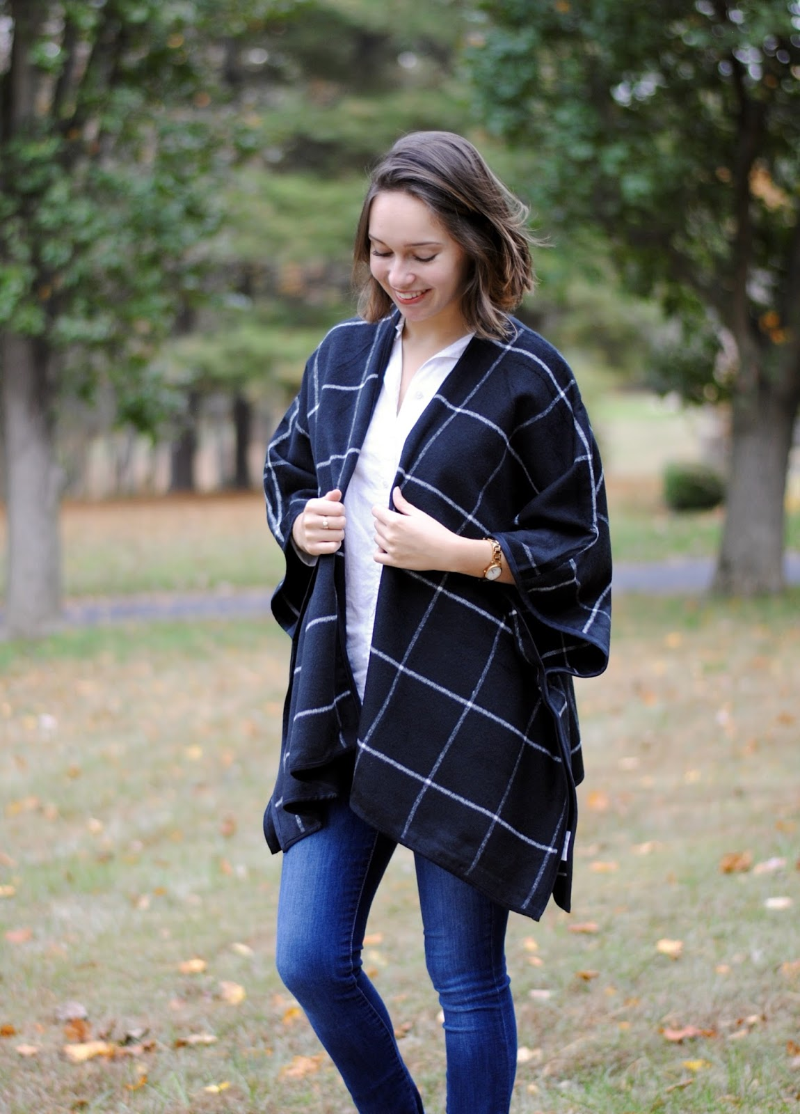fall outfit poncho jeans