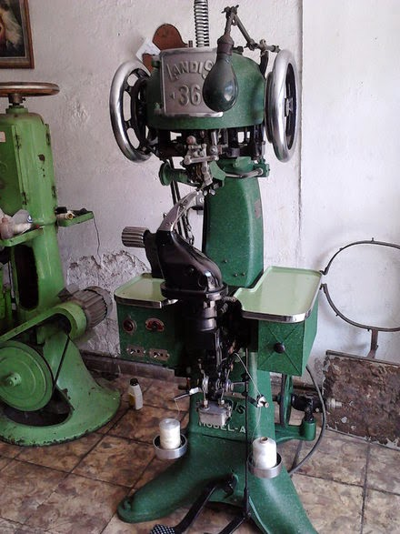 Para que sirve cada máquina de coser  Y las máquinas que necesitas ... 13be4420b4c4
