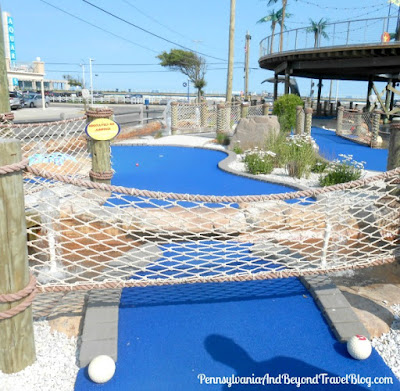 StarLux Mini Golf in Wildwood, New Jersey