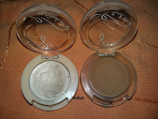 Etude House Look at My Eyes Pearl Shadow Base dan Look at My Eyes Cafe BR 407 dengan memakai flash