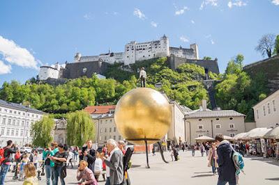 Hohensalzburg vista do DomQuartier, Salzburg, Áustria