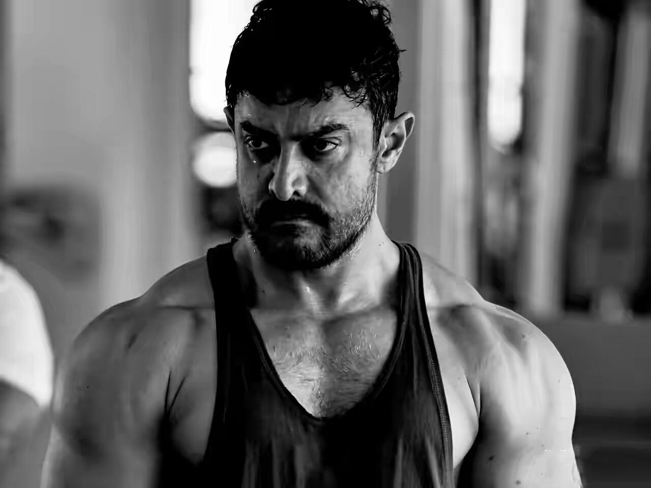 Aamir Khan Pic Download: Aamir Khan Wallpapers HD Download Free 1080p