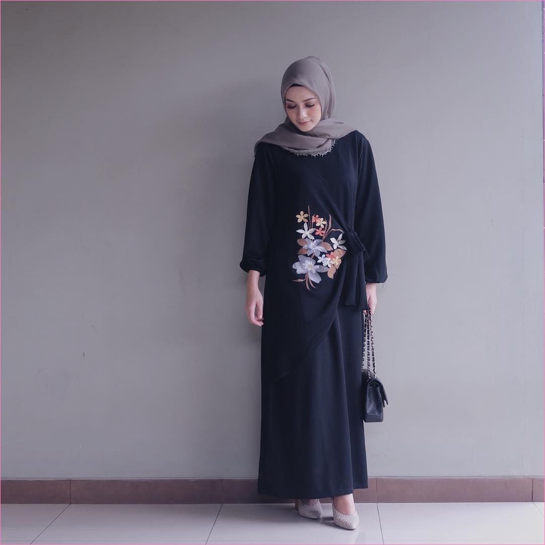 Outfit Baju Hijab Casual Untuk Perempuan Gemuk Ala Selebgram 2018