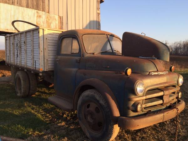 Barn Find 1953 Dodge Grain Truck - Old Truck