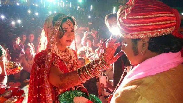 Bhojpuri Actor pawan singh and Neelam married photo