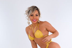 Michelly Boechat, Musa da IFBB-RIO, posa de biquíni para ensaio
