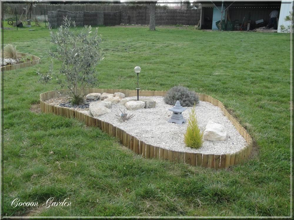cocoon garden massif autour de l 39 olivier. Black Bedroom Furniture Sets. Home Design Ideas