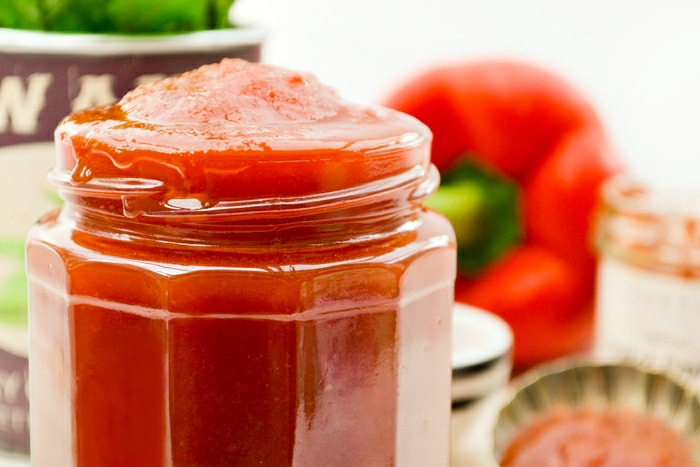 a jar of red pepper sweet chilli sauce